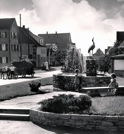 Storchenbrunnen-und-Hauptst.1958
