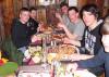 Pizza_essen_Gruppe
